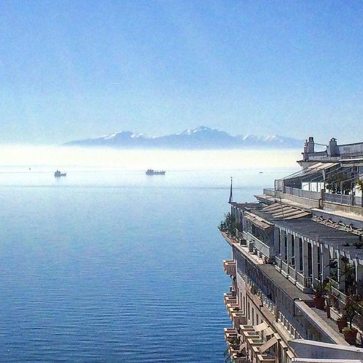 «Κειμένη επί ακτής θαλάσσης» Αλμπέρτο Ναρ  #thessaloniki