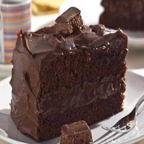 Bolo Suflair Fácil é delicioso e uma receita simples que encanta com sua cremosidade e visual. http://cakepot.com.br/bolo-suflair-facil/