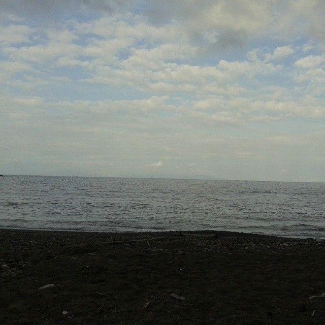 """#ShareIG """"La bella che guarda il mare...la bella che e' origioniera...ha un nome che fa paura... #libertà #libertà #libertà! """" #Ortano #RioMarina #isoladelba #ILoveElba #tuscany #beach #sea #liberte #freedom"""
