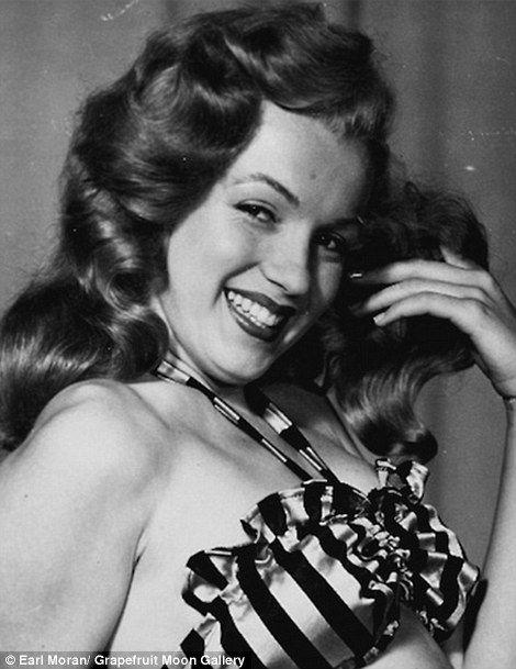 Marilyn by Earl Moran 1946