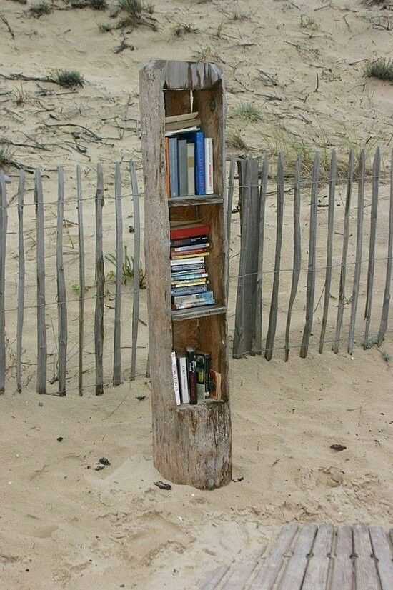 A little library at the beach. I wish I knew where this was!