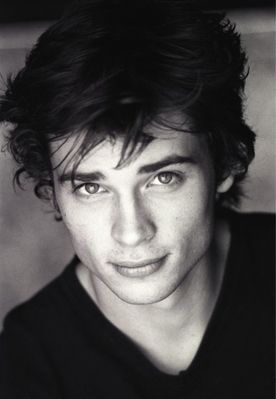 My very first celebrity crush, Tom Welling AKA Clark Kent on Smallville