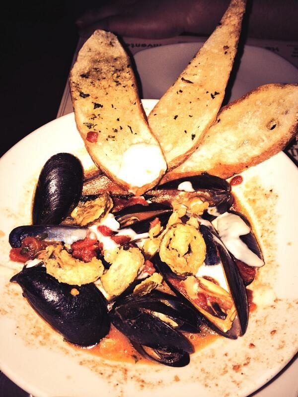 PEI mussels in spicy broth at the Todd English PUB in Las Vegas!