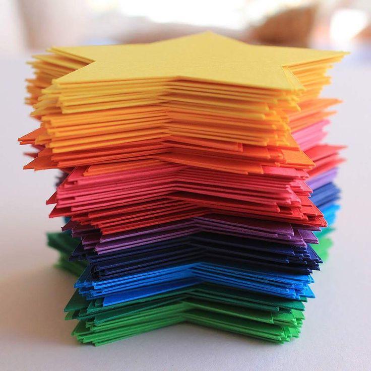 "11 Likes, 2 Comments - A little Bit Of Lemon (@alittlebitoflemon) on Instagram: ""I can sing a rainbow 🌈 . . #alittlebitoflemon #rainbow #rainbowstars #rainbowgarland #starstruck…"""