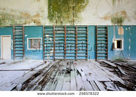 conference room abandoned - Cerca con Google