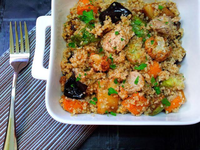 Kuskus se smaženou zeleninou a kuřecím masem