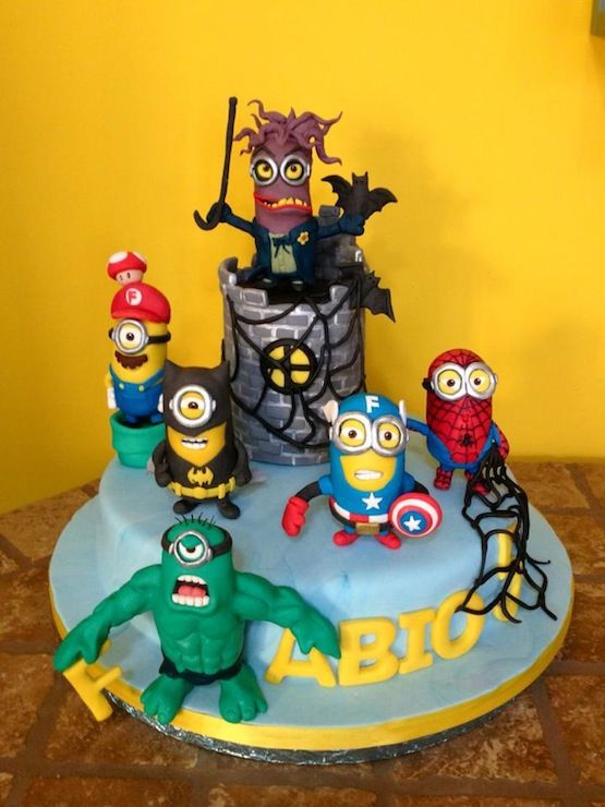 super hero Minion cake | torta-minions-supereroi