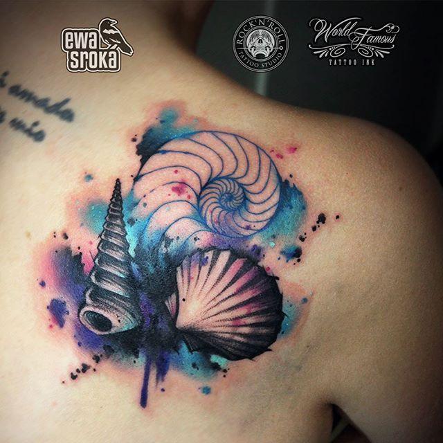 🐚 #ewasroka 🐚  Little cover up #seashells #seashell #tattoo #tattooart #tattooartist #tattooworkers #coverup #watercolor #watercolortattoo #seashelltattoo #watercolourtattoo #graphictattoo #girlytattoo #girlwithtattoos #worldfamousink @worldfamousink @rocknroll_tattoo_warszawa