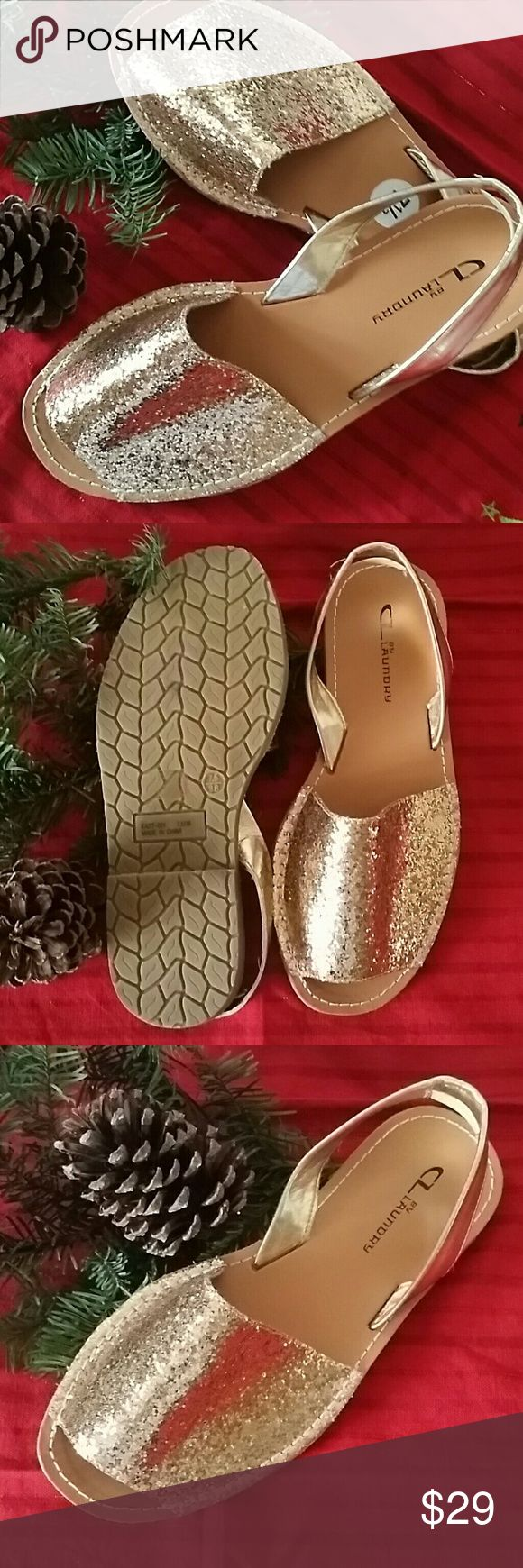CL Laundry Gold Glitter Sandals 7.5 Cute Sandals for the Holidays! :) CL Laundry Shoes Sandals