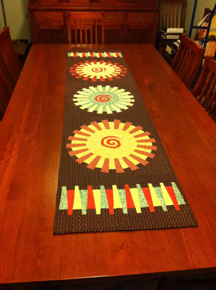 Michelle Marvig Fractured Daisy table runner