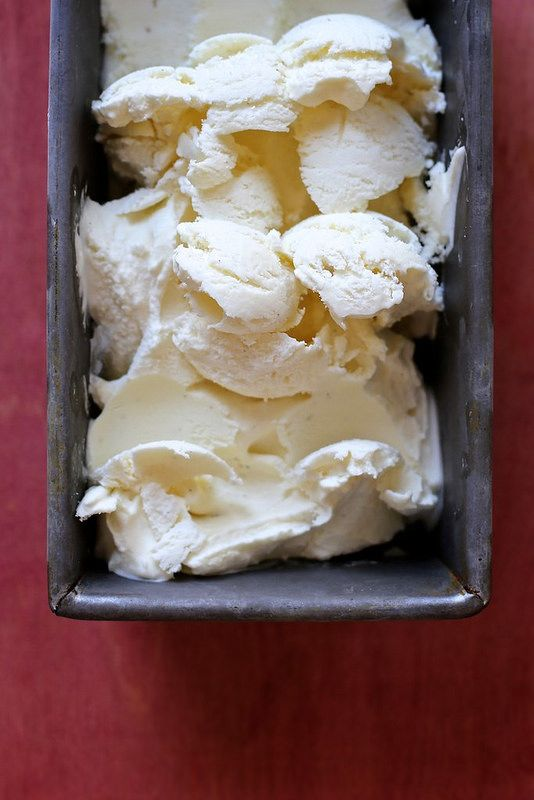 Buttermilk Ice Cream with strawberries | yummy: sweets | Pinterest