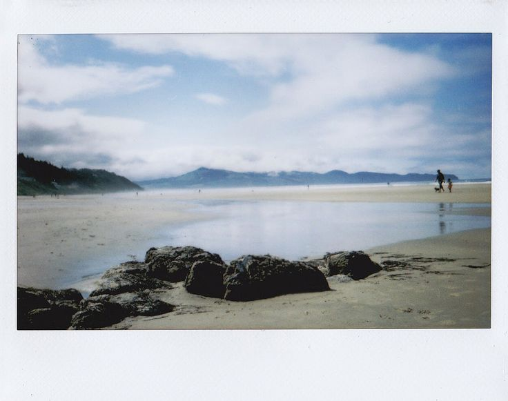 https://flic.kr/p/tBLV1F | Oceanside | Oregon Coast roadtrip, fujifilm instax 210