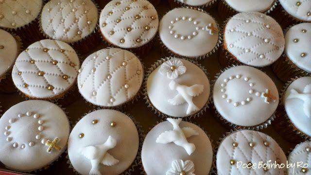 cup cakes batizado menino - Pesquisa Google