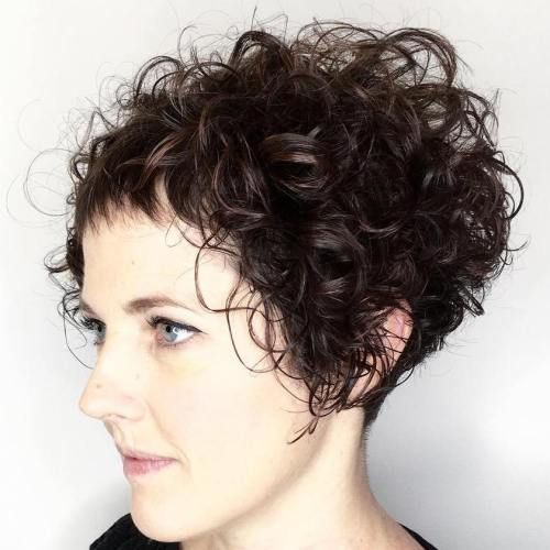 40 cute styles featuring curly hair with bangs | pony