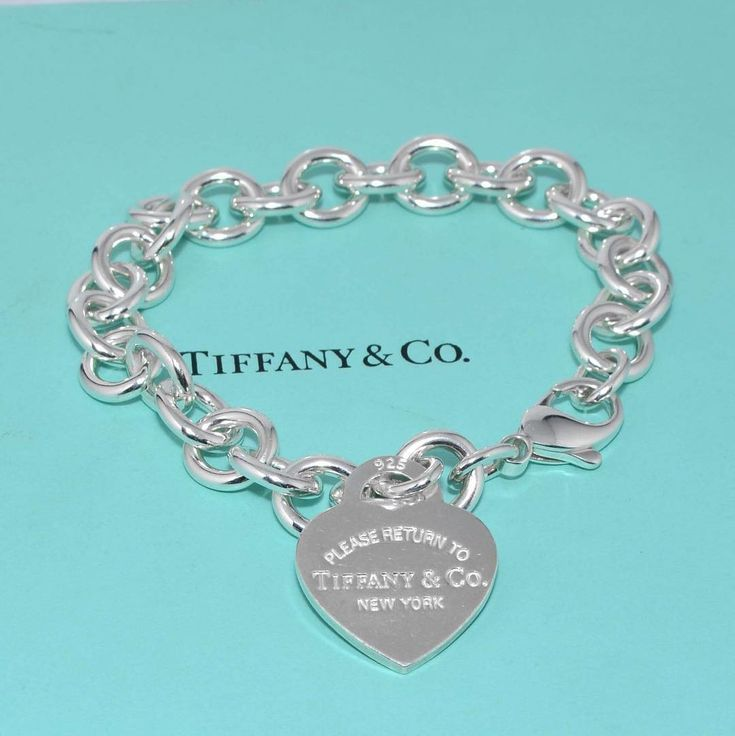 Save a £135 on this Tiffany & Co Please Return To Tiffany bracelet at http://www.tiffanysecondchance.co.uk/product/tiffany-co-please-return-to-tiffany-heart-tag-bracelet…