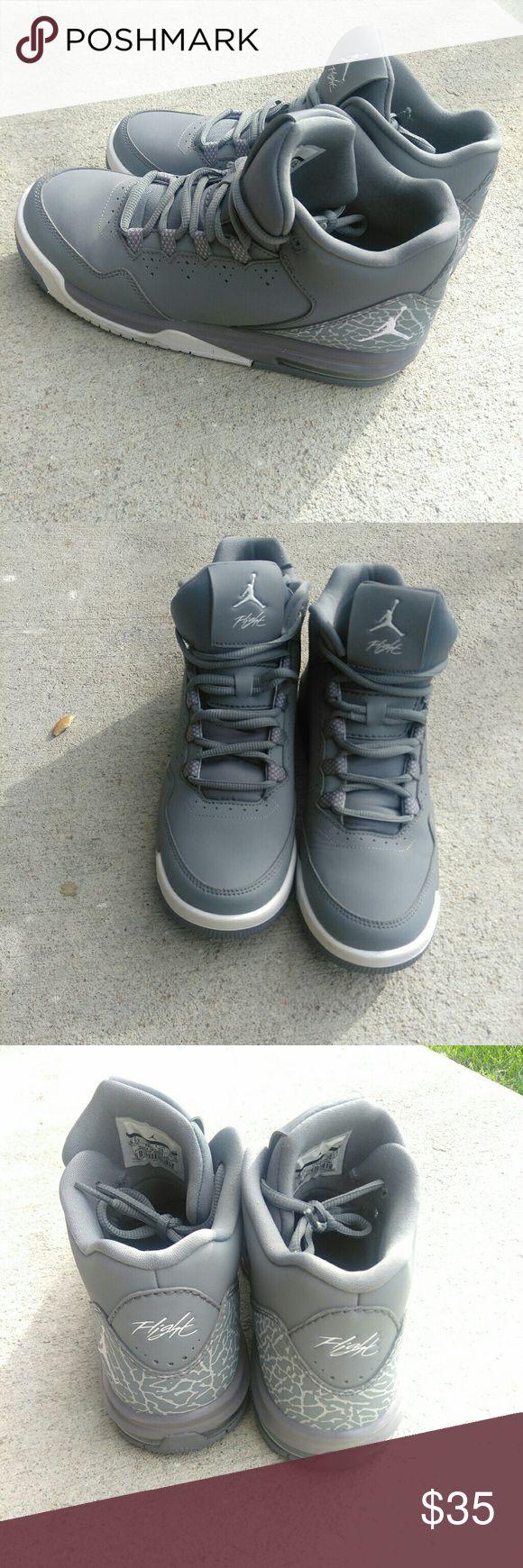 Nike Jordan Kids Jordan Flight Origin 2 6.5Y Lightly worn Jordan Shoes