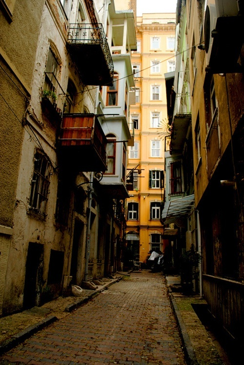 istanbul back streets