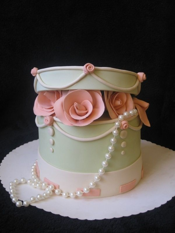 Flowers and Pearls Cake