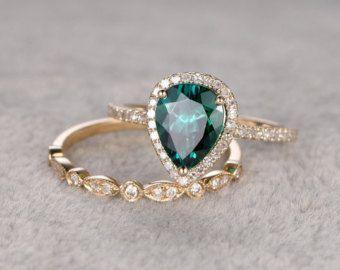 2pcs Emerald Engagement ring Set Rose goldDiamond by popRing