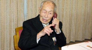 Hombre más viejo del mundo celebra su 112 cumpleaños
