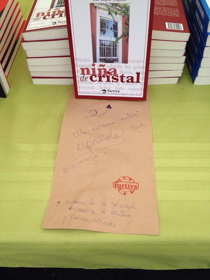 """""""Niña de cristal"""" en Primavera del libro 2014 - Parque Bustamante"""