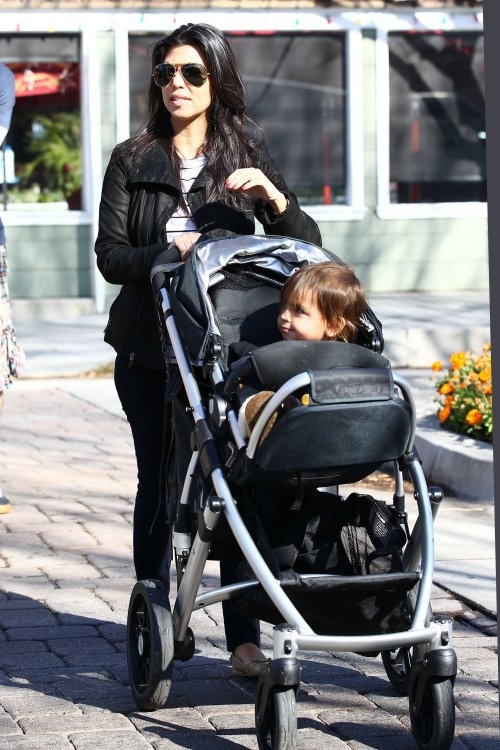 39 Best Strollers Spotted In Hollywood Images On