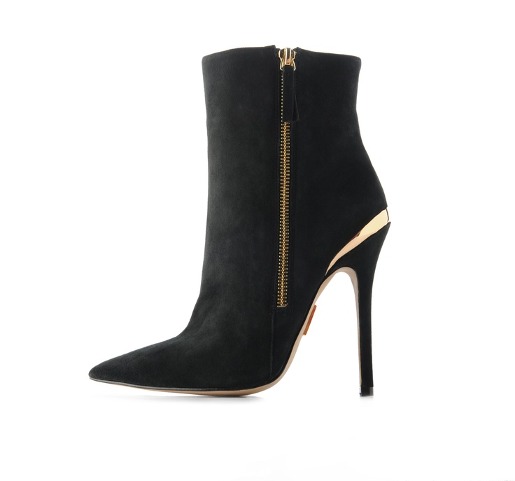 Madonna / Truth or Dare Footwear Collection: Glamorous Shoes, Footwear Collection, Madonna Truths, Posts, Luxury Shoes, Shoes Bags, Fashion Asset, Dare Footwear, Sapatos Shoes