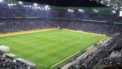 Heute mein erstes Mal im Borussia Park bei Borussia Mönchengladbach. Tolles Stadion, tolles Spiel. #BMGFKS
