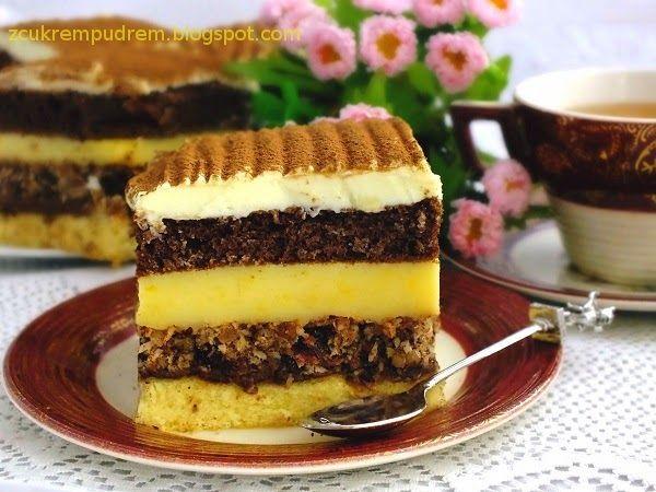 Ciasto jest po prostu szatańsko pyszne i diabolicznie kaloryczne, ale co tam, pyyyycha :) biszkopt jasny: 3 jaja 4 łyżki cukru 2 ...