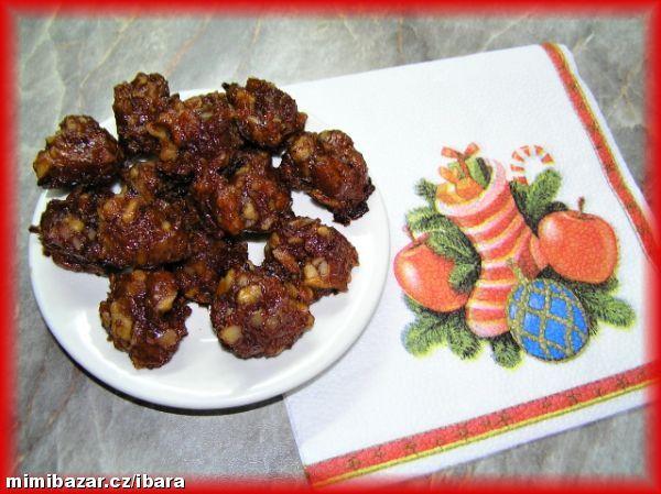 Jablečné hrudky s ořechy zdravé mlsání bez tuku