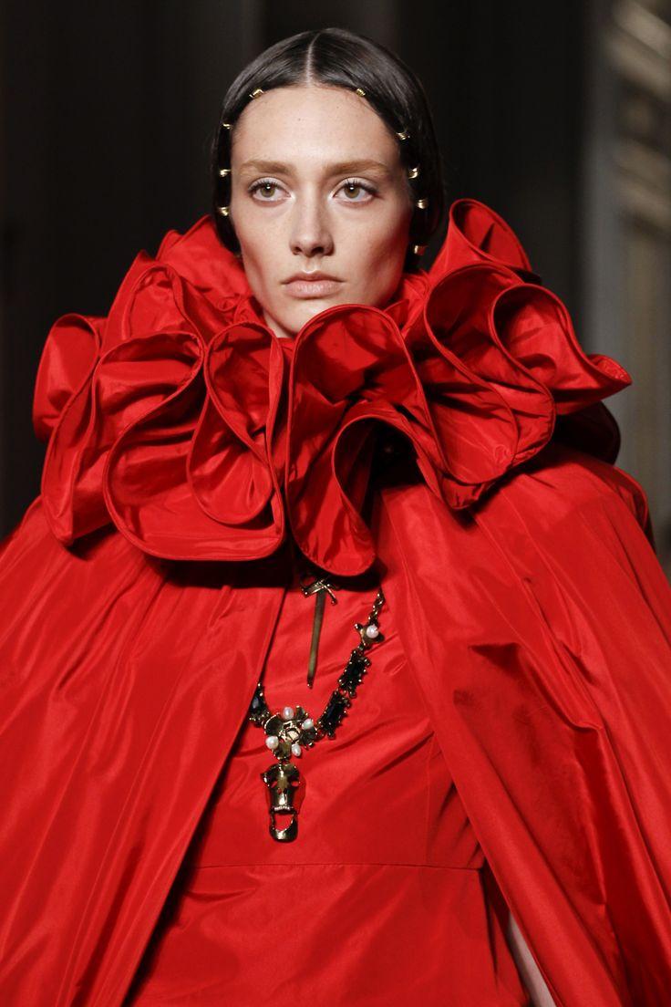 Valentino valentino pinterest couture posts and valentino