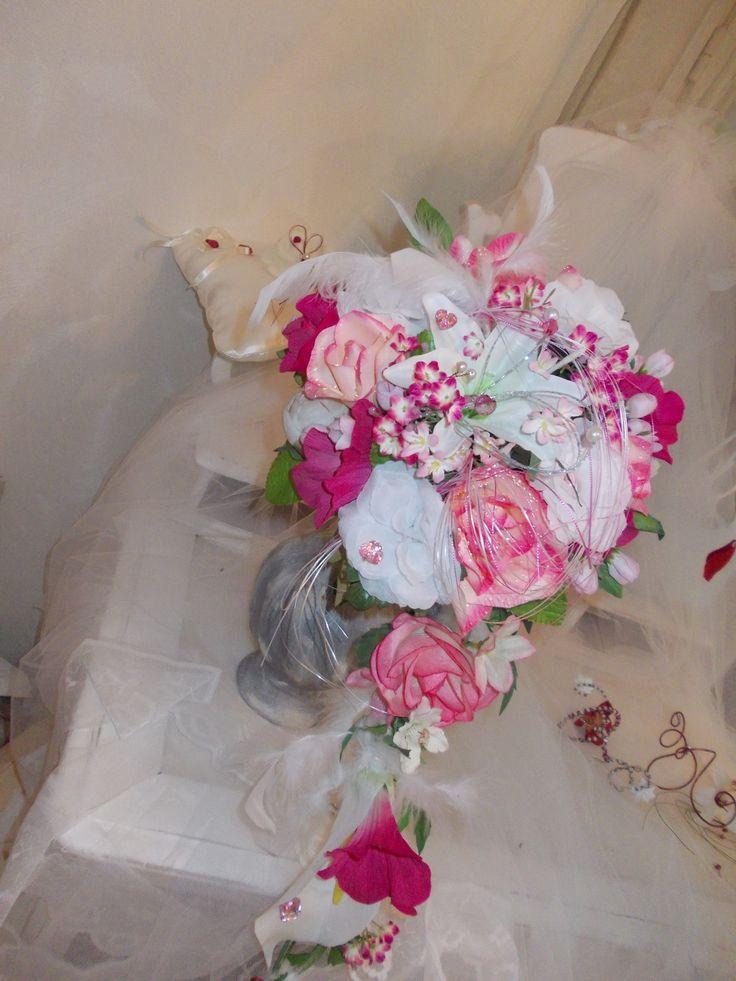 les 51 meilleures images propos de mariage romantique sur pinterest mariage vintage et. Black Bedroom Furniture Sets. Home Design Ideas