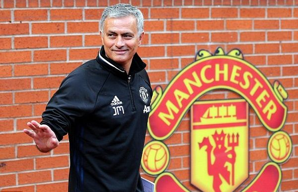 Mourinho promises to bring the Premier League title to Old Trafford - FreeKick442.com