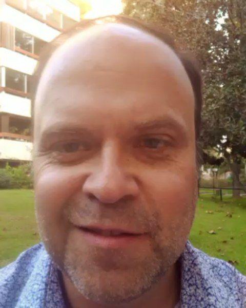 Stanley Freeman Periodista que nos brinda su testimonio de la asesoría y acompa…