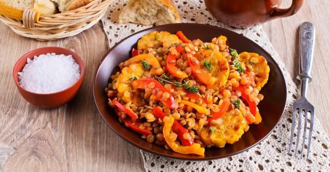 Recette de Curry de lentilles corail Croq'Kilos aux poivrons. Facile et rapide à réaliser, goûteuse et diététique.