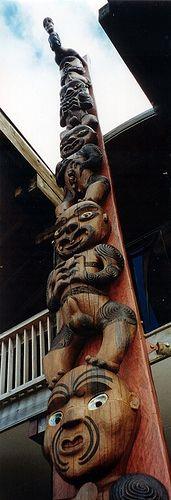 """Pou"" at the entrance of Arataki Visitor Center,New Zealand - Arataki / Waitakere Ranges | Flickr - Photo Sharing!"