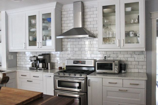 Kitchen Of The Week A Diy Ikea Country Kitchen For Two: This Amazing Carrara Venato Backsplash From KoKo Likes