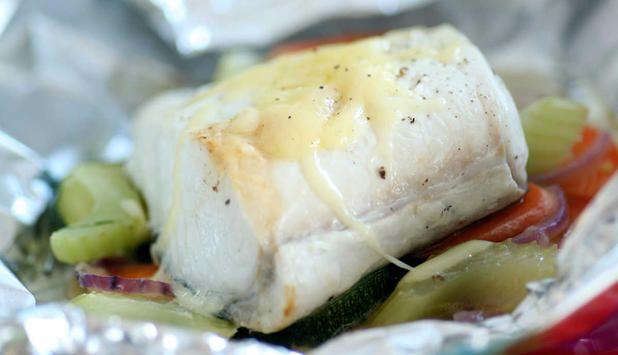 Kveite med grønnsaker bakt i folie - Godfisk