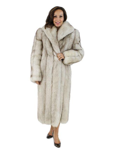 Coyote Fur Coat Womens Large Estate Furs >> Blue Fox Fur Coat Women S Small In 2019 Blue Fox Fox Fur Coat