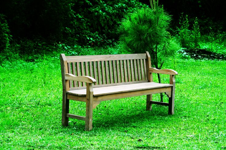 Bench Arm Chair. A garden relaxing furniture, with perfect seat position and smooth texture will make your outdoor garden more enjoyable. #teakfurniture #outdoor #garden #teakwood #furniture #bench
