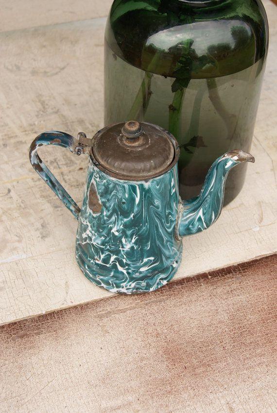 Vintage Chrysolite (Dark Green) Enamelware Graniteware Tea Or Coffee Pot Country Kitchen