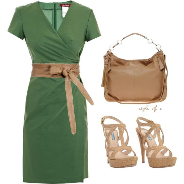 Green Dress Emerald; the color for fall