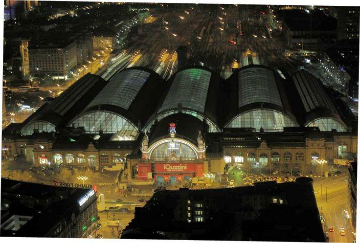 Light first. Frankfurt. #lb14 #iguzzini #Lighting #railway #station #iguzzini