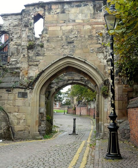 Leicester, late 15th century - The Turret Gateway is located on Castle View, just off The Newarke. It is a Grade I Listed Building, and is within the Castle Conservation Area. Image Credit: Matt Ots. Medieval Leicester, England