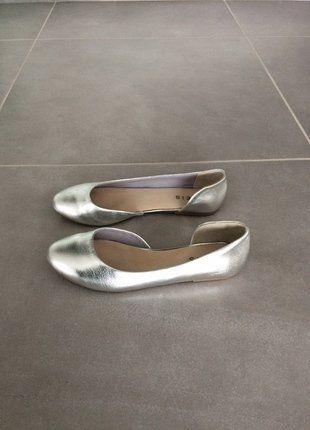À vendre sur #vintedfrance ! http://www.vinted.fr/chaussures-femmes/ballerines-and-slippers/28250835-ballerines-argentees-pointure-38