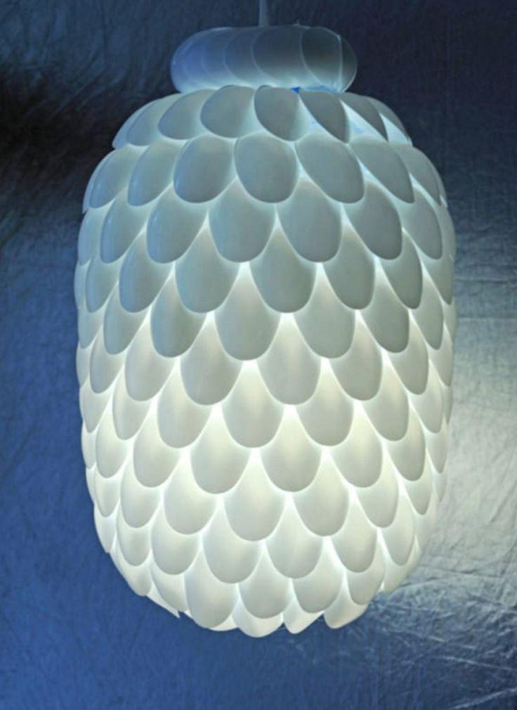 nowoczesna-lampa-z-lyzeczek-8