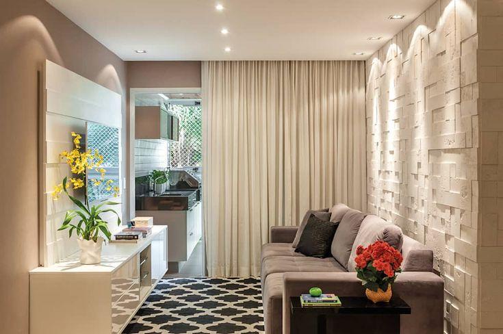 Salas com paredes decoradas get free high quality hd for Paredes moradas decoradas