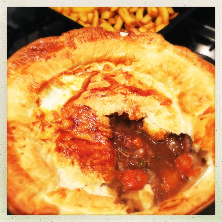 steak and guinness pie, slow cooker steak and guinness stew, steak and stout pie, easy family food from daisies and pie