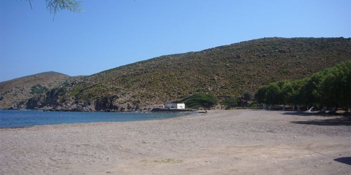 Пляж Лефкес