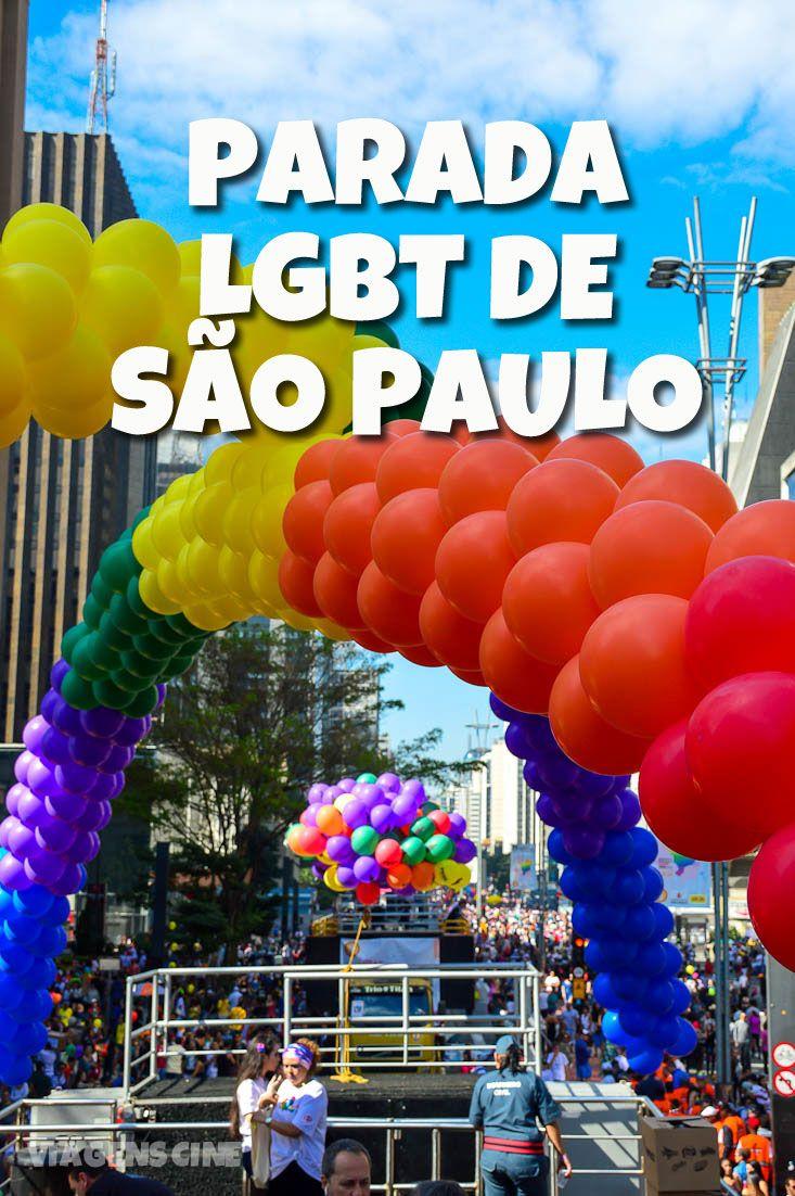Parada do Orgulho LGBT de São Paulo: em 2017, o tema da parada foi a defesa do Estado Laico e contou com a presença de Daniela Mercury, Anitta e da madrinha Fernanda Lima